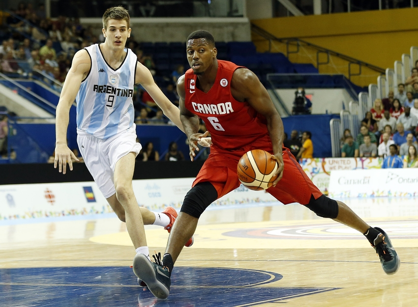 Melvin-ejim-nicolas-brussino-pan-am-games-basketball-canada-vs-argentina