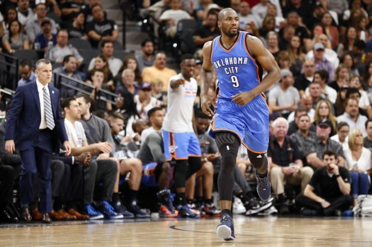 Serge-ibaka-nba-playoffs-oklahoma-city-thunder-san-antonio-spurs-768x511