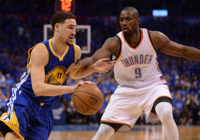 9314693-serge-ibaka-klay-thompson-nba-playoffs-golden-state-warriors-oklahoma-city-thunder-768x536