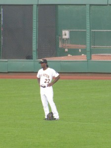 Andrew McCutchen is such a great fielder that sometimes he doesn't even wear a glove