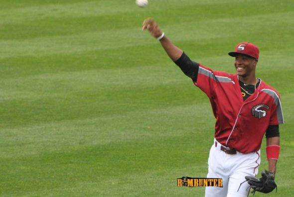 Keon Broxton throws before the Altoona Curve game.