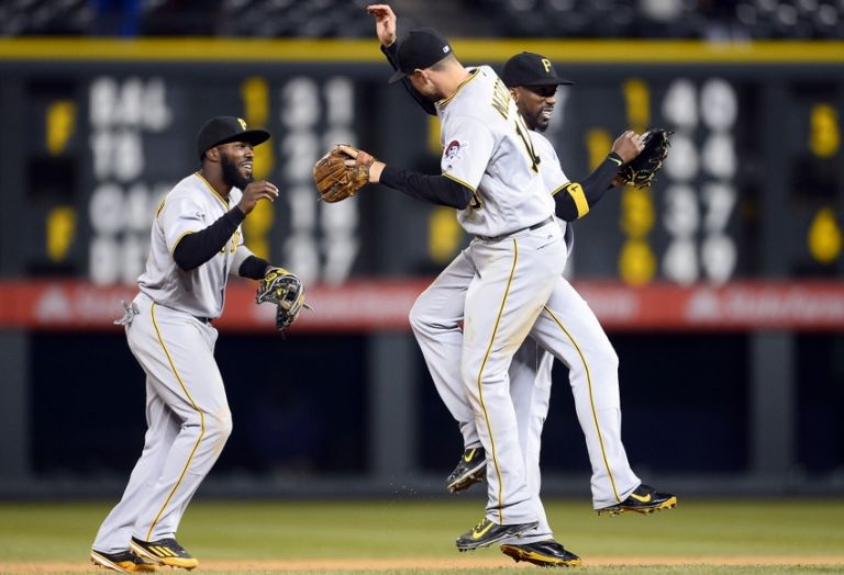 Josh-harrison-andrew-mccutchen-jordy-mercer-mlb-pittsburgh-pirates-colorado-rockies-768x524