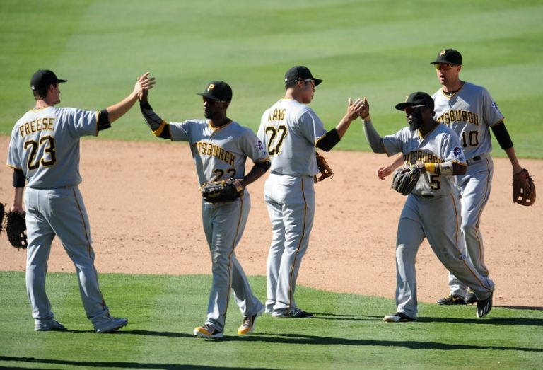 9463589-andrew-mccutchen-david-freese-jung-ho-kang-jordy-mercer-josh-harrison-mlb-pittsburgh-pirates-los-angeles-dodgers-768x523