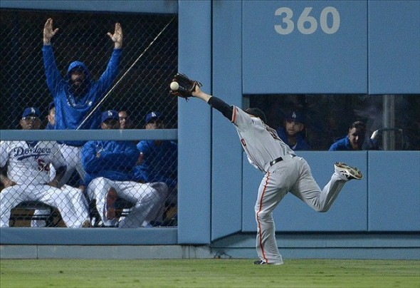 Juan Perez Spectacular Catch