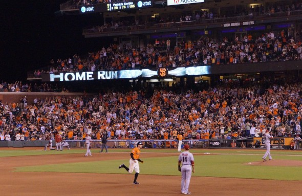 Hunter Pence hits his 18th home run of the season on 9/6/13. Photo by Denise Walos.