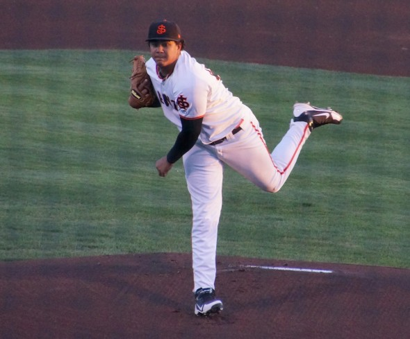 Adalberto Mejia pitching in the 1st inning for the SJ Giants on 9/15/13