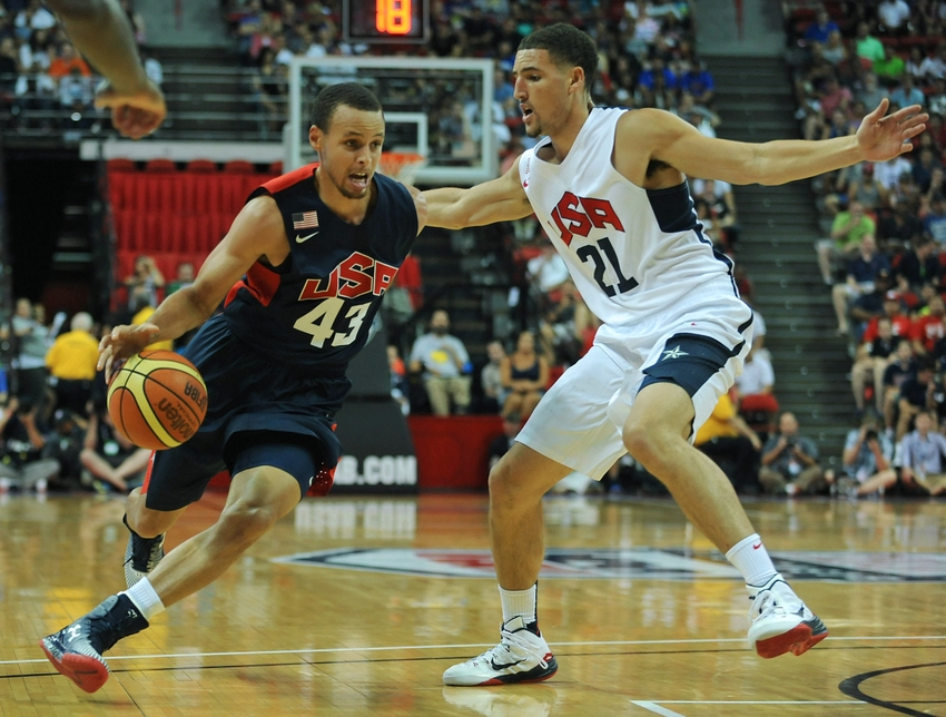 should stephen curry play off the ball more