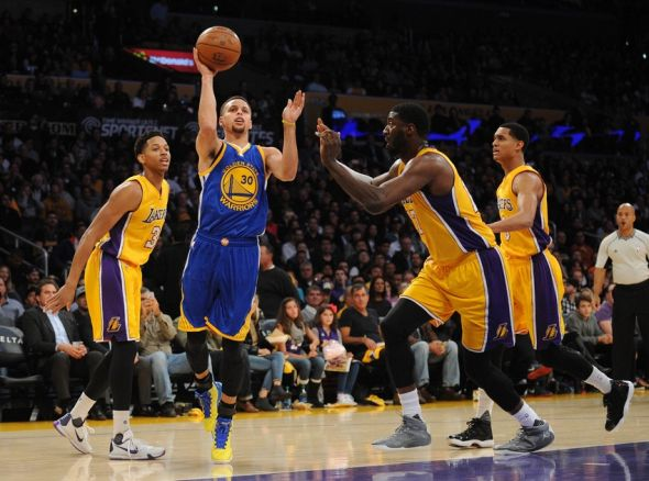 Roy-hibbert-stephen-curry-nba-golden-state-warriors-los-angeles-lakers-590x900