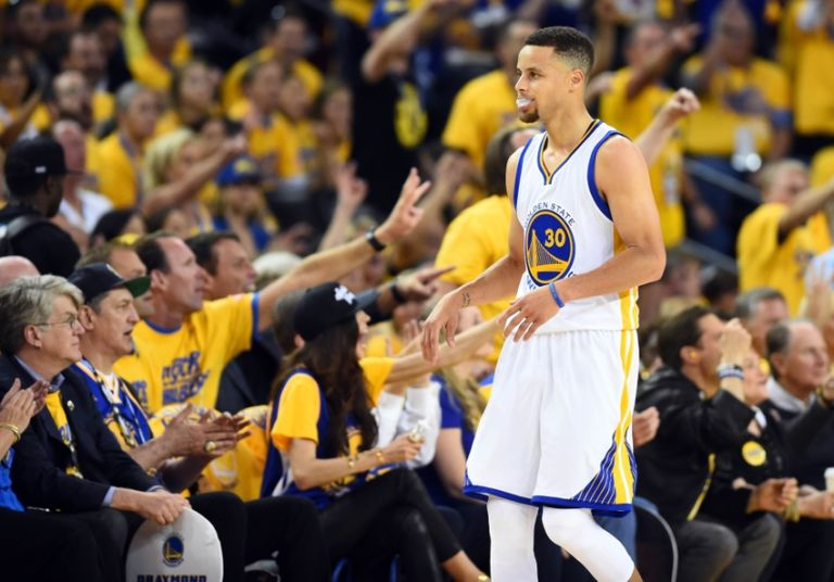 Stephen-curry-nba-finals-cleveland-cavaliers-golden-state-warriors-4-768x536