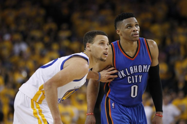 Russell-westbrook-stephen-curry-nba-playoffs-oklahoma-city-thunder-golden-state-warriors-768x511