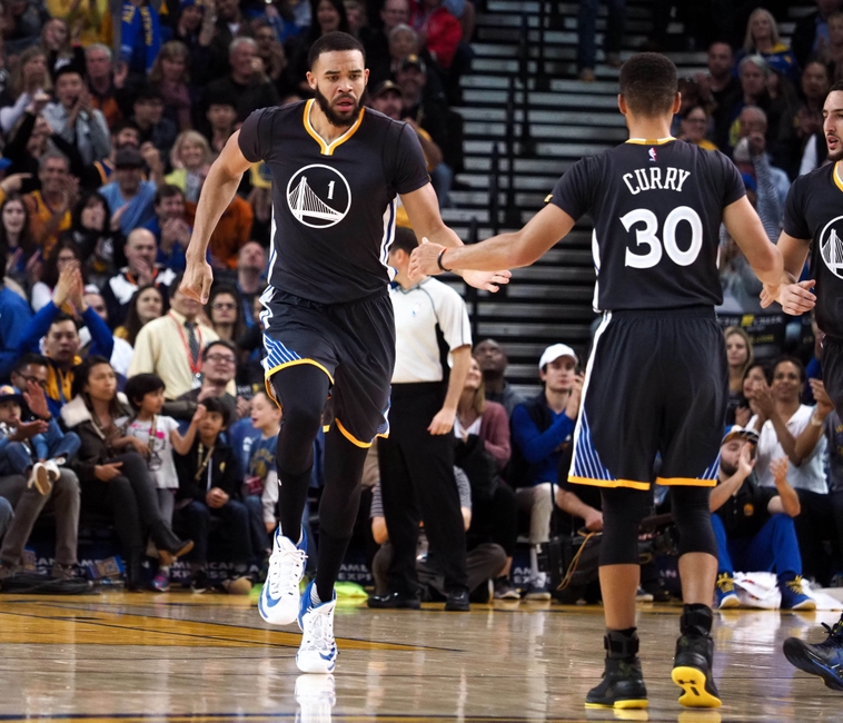 5f492d629633 3 things Warriors need to do against Suns