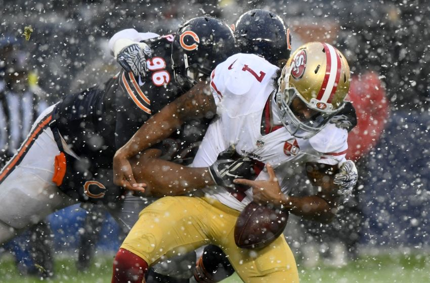 Dec 4, 2016; Chicago, IL, USA; Chicago Bears defensive end Akiem Hicks (96) knocks the ball away from San Francisco 49ers quarterback Colin Kaepernick (7) during the second half at Soldier Field. Mandatory Credit: Mike DiNovo-USA TODAY Sports