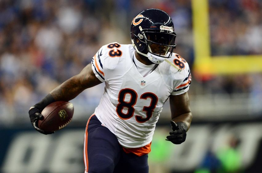 NFL Notes: Patriots trade pick to Bears for TE Martellus Bennett