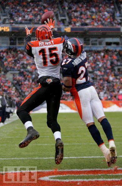 Chris Henry and Darrent Williams (Doug Pensinger/Getty Images)