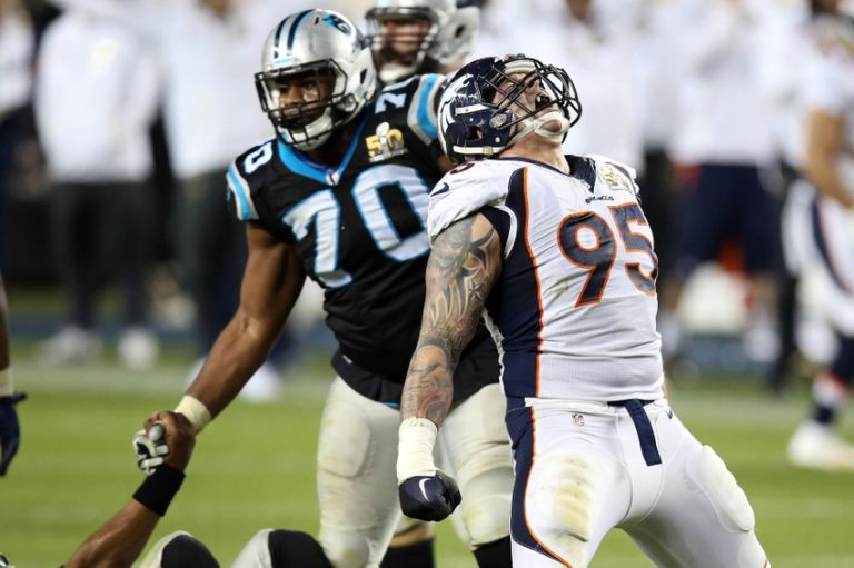 Derek-wolfe-nfl-super-bowl-50-carolina-panthers-vs-denver-broncos-768x511