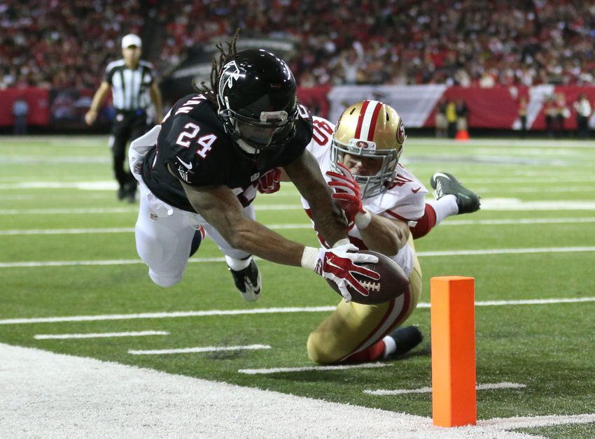 Falcons running back Devonta Freeman (24) dives but is unable to Mens San  Francisco 49ers Nike Black Custom Game Jersey ... 190500ba8