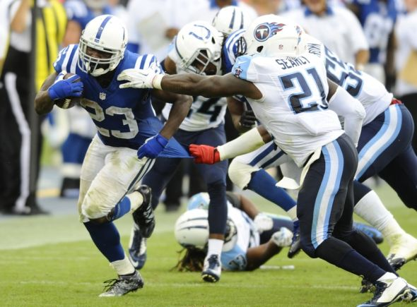 Frank-gore-nfl-indianapolis-colts-tennessee-titans-590x900
