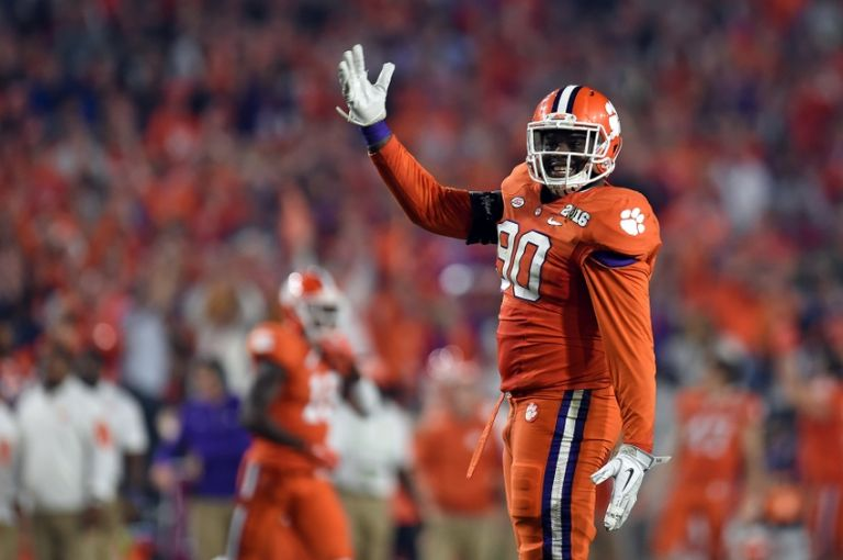 Shaq-lawson-ncaa-football-cfp-national-championship-alabama-vs-clemson-768x0
