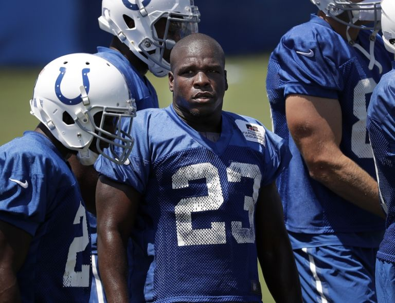 Frank-gore-nfl-indianapolis-colts-training-camp-768x590