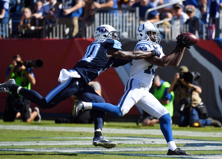 9627664-t.y.-hilton-jason-mccourty-nfl-indianapolis-colts-tennessee-titans
