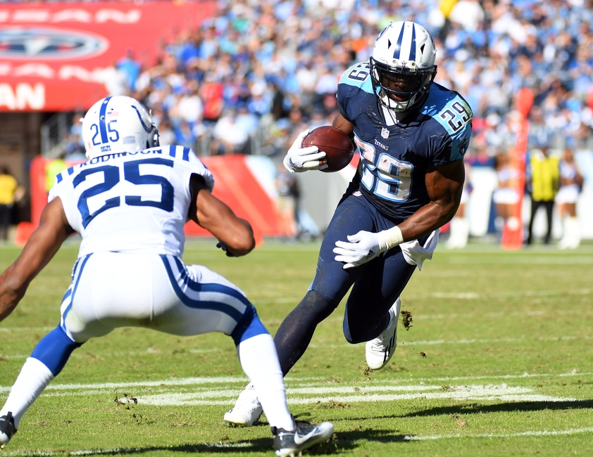 9628326-demarco-murray-patrick-robinson-nfl-indianapolis-colts-tennessee-titans-1