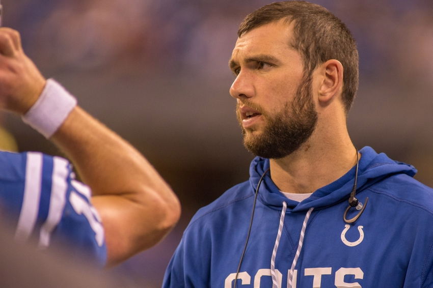 9701187-andrew-luck-nfl-pittsburgh-steelers-indianapolis-colts-1