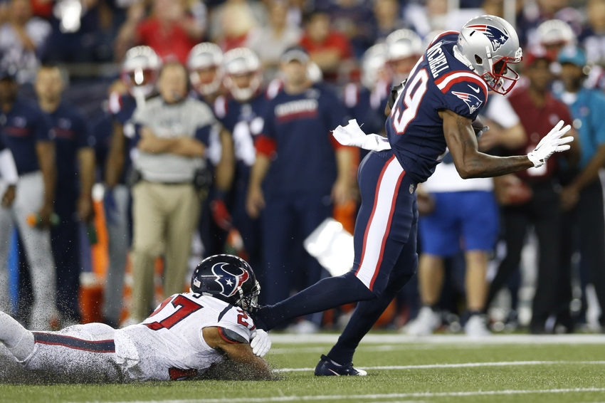 9558325-quintin-demps-malcolm-mitchell-nfl-houston-texans-new-england-patriots