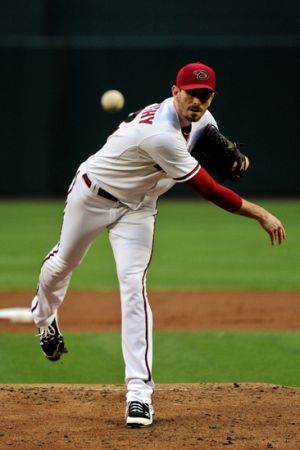 Jun 16, 2014; Phoenix, AZ, USA; Arizona Diamondbacks starting pitcher Brandon McCarthy (32) throws during the second inning against the Milwaukee Brewers at Chase Field. Mandatory Credit: Matt Kartozian-USA TODAY Sports