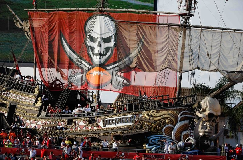 Sep 25, 2016; Tampa, FL, USA; Tampa Bay Buccaneers pirate ship in the end zone against the Los Angeles Rams during the second half at Raymond James Stadium. Mandatory Credit: Kim Klement-USA TODAY Sports