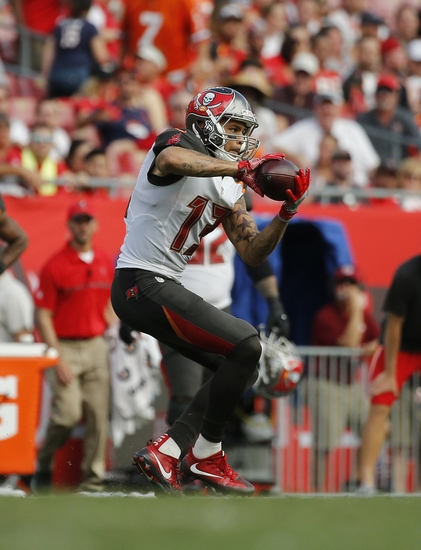 e119c69e0ff Buccaneers Beat Themselves
