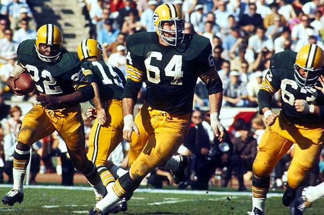 Jerry Kramer leads the way during a Packers Sweep.