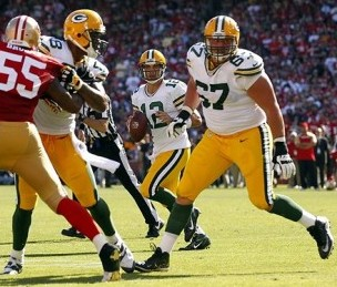 Aaron Rodgers and Don Barclay. Cary Edmondson-USA TODAY Sports photograph