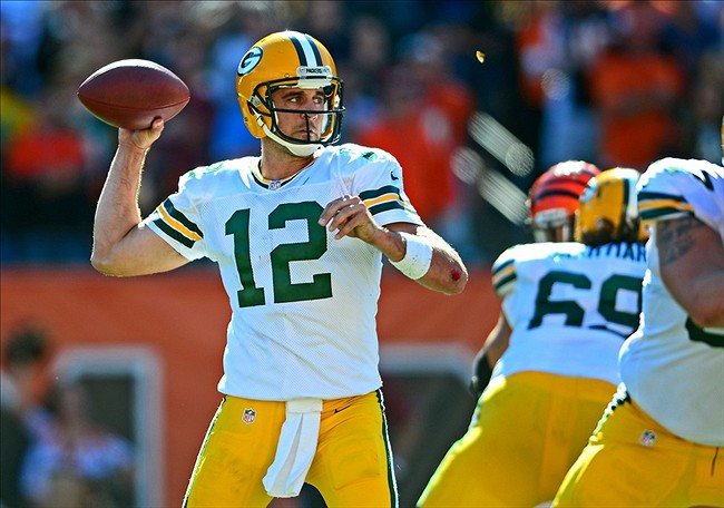 Aaron Rodgers hits the open man, and that is all. Andrew Weber-USA TODAY Sports
