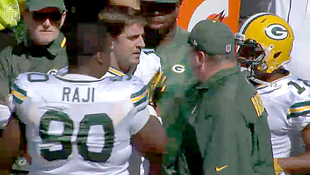 Aaron Rodgers and Packers coach Mike McCarthy didn't see eye-to-eye during the team's game in Cincinnati.