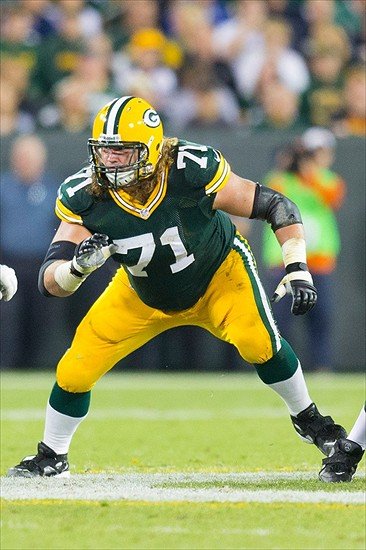 Sep 13, 2012; Green Bay, WI, USA; Green Bay Packers guard Josh Sitton (71) during the game against the Chicago Bears at Lambeau Field. The Packers defeated the Bears 23-10. Mandatory Credit: Jeff Hanisch-USA TODAY Sports