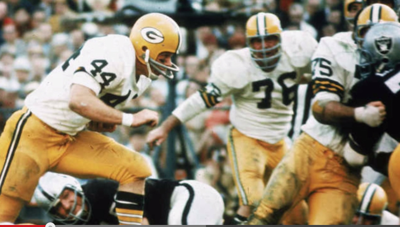 Packers running back Donny Anderson carries in Super Bowl II.