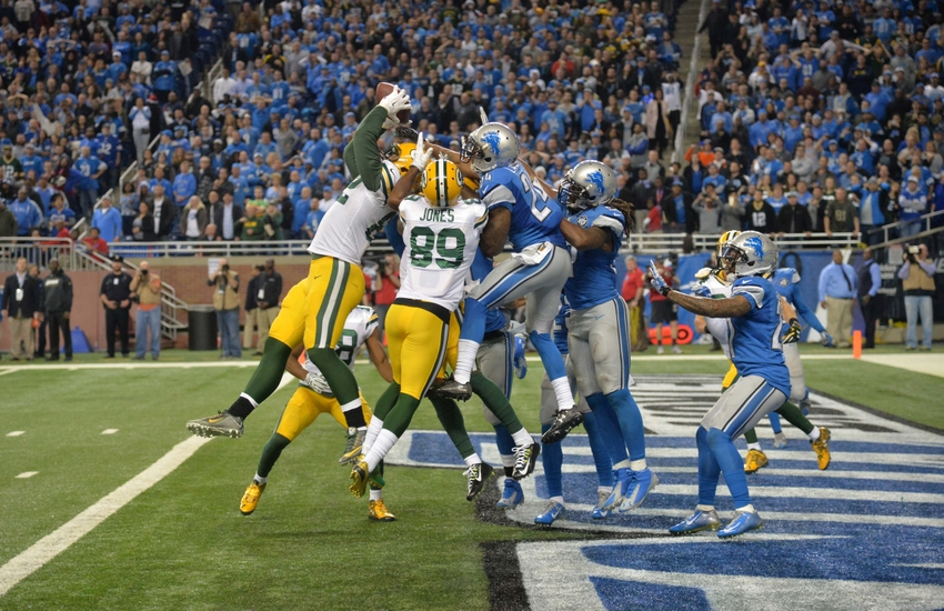 Dec 3, 2015; Detroit, MI, USA; Green Bay Packers tight end Richard Rodgers (82) catches a 61-yard touchdown pass with no time remaining during an NFL football game against the Detroit Lions at Ford Field. The Packers defeated the Lions 27-23. Mandatory Credit: Kirby Lee-USA TODAY Sports