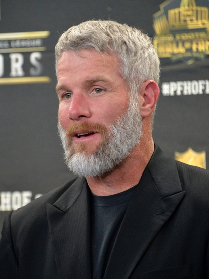 Brett-favre-nfl-super-bowl-50-hall-of-fame-class-of-2016-press-conference