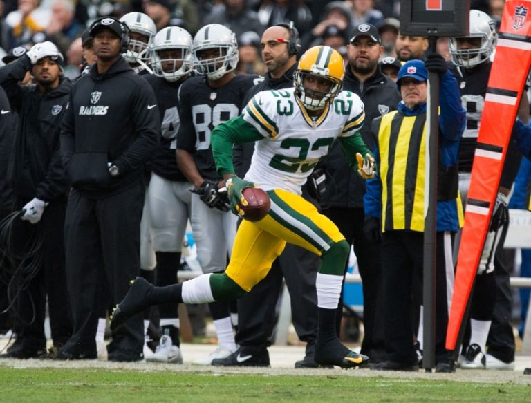 Nfl-green-bay-packers-oakland-raiders-768x583