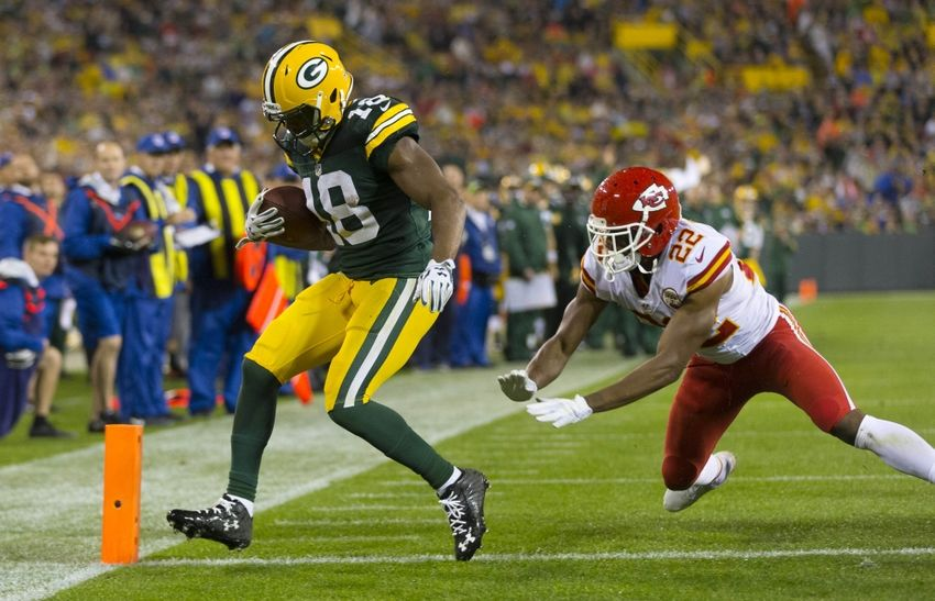 Slot receiver for green bay