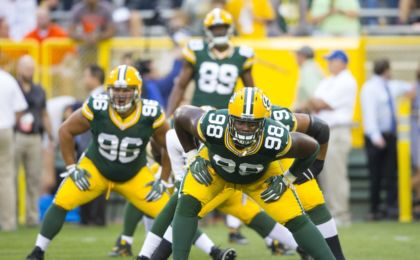9469885-letroy-guion-nfl-preseason-cleveland-browns-green-bay-packers-420x260