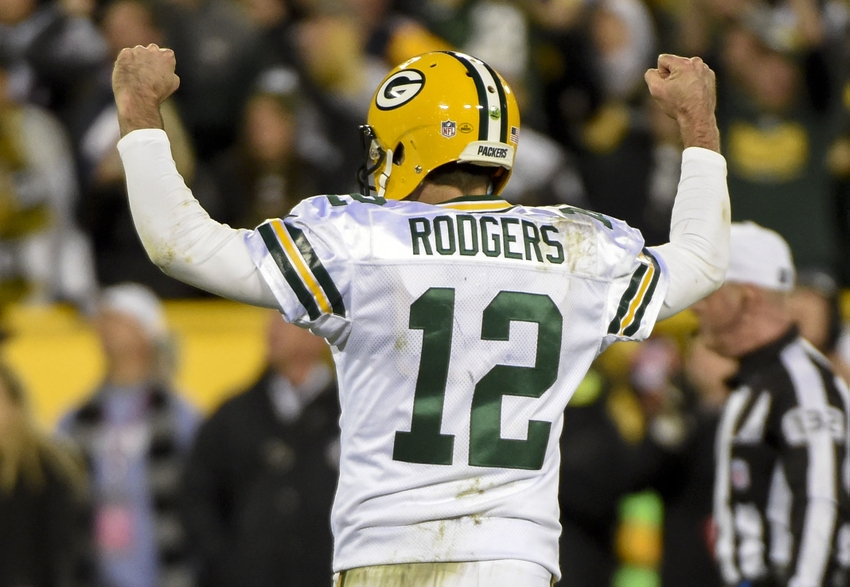 9622263-aaron-rodgers-nfl-chicago-bears-green-bay-packers