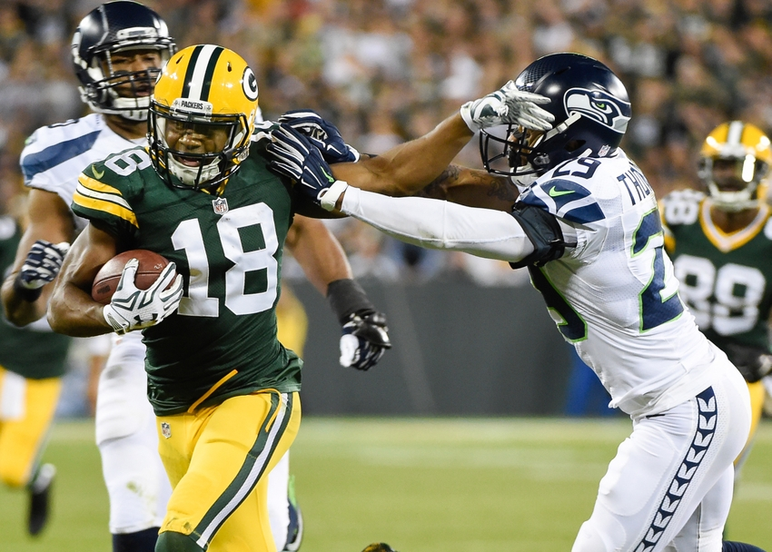 8816606-randall-cobb-earl-thomas-nfl-seattle-seahawks-green-bay-packers