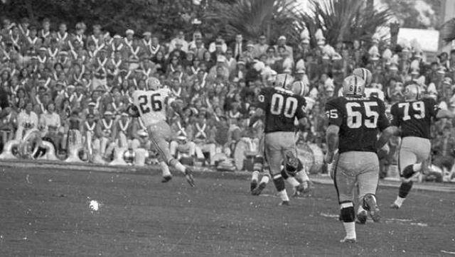 Herb Adderley returning an interception in Super Bowl II