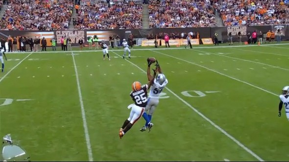 deandre-levy-interception-1-3