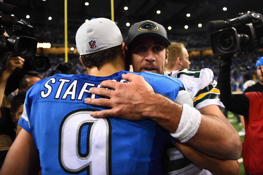 8972311-aaron-rodgers-matthew-stafford-nfl-green-bay-packers-detroit-lions