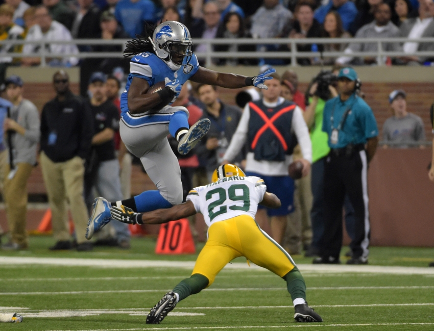 8978532-casey-hayward-joique-bell-nfl-green-bay-packers-detroit-lions