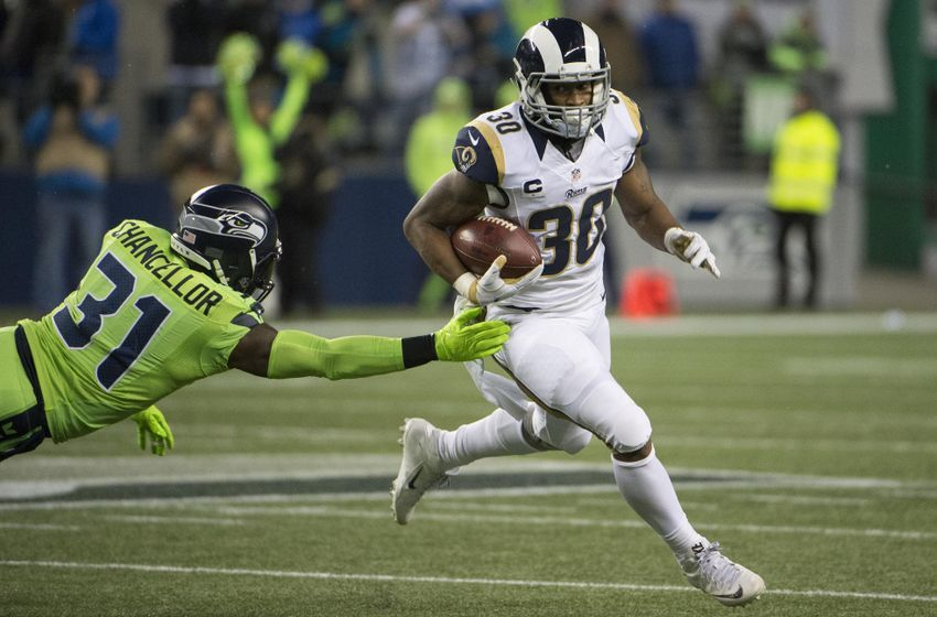 9748278-todd-gurley-kam-chancellor-nfl-l