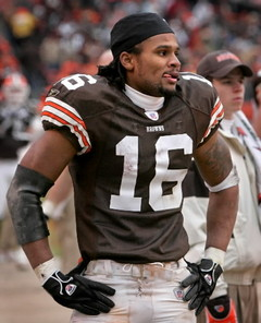 Browns fans are anxiously waiting to see if Josh Cribbs actually takes the field on Sunday against the Minnesota Vikings.