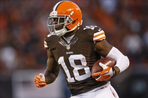 Nov 3, 2013; Cleveland, OH, USA; Cleveland Browns wide receiver Greg Little (18) runs the ball in the second quarter against the Baltimore Ravens at FirstEnergy Stadium. Mandatory Credit: Rick Osentoski-USA TODAY Sports